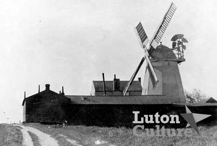 Biscot windmill 1902