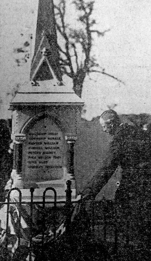 Ben Hartop unveiling Stopsley War Memorial