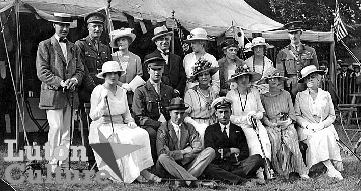 Luton Hoo house guests, sports day 1919