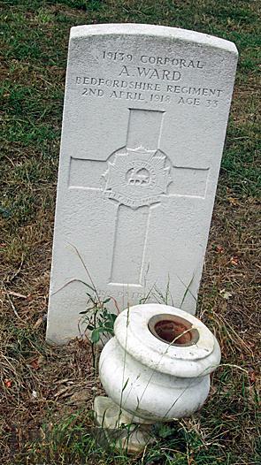 Cpl Arthur Ward gravestone
